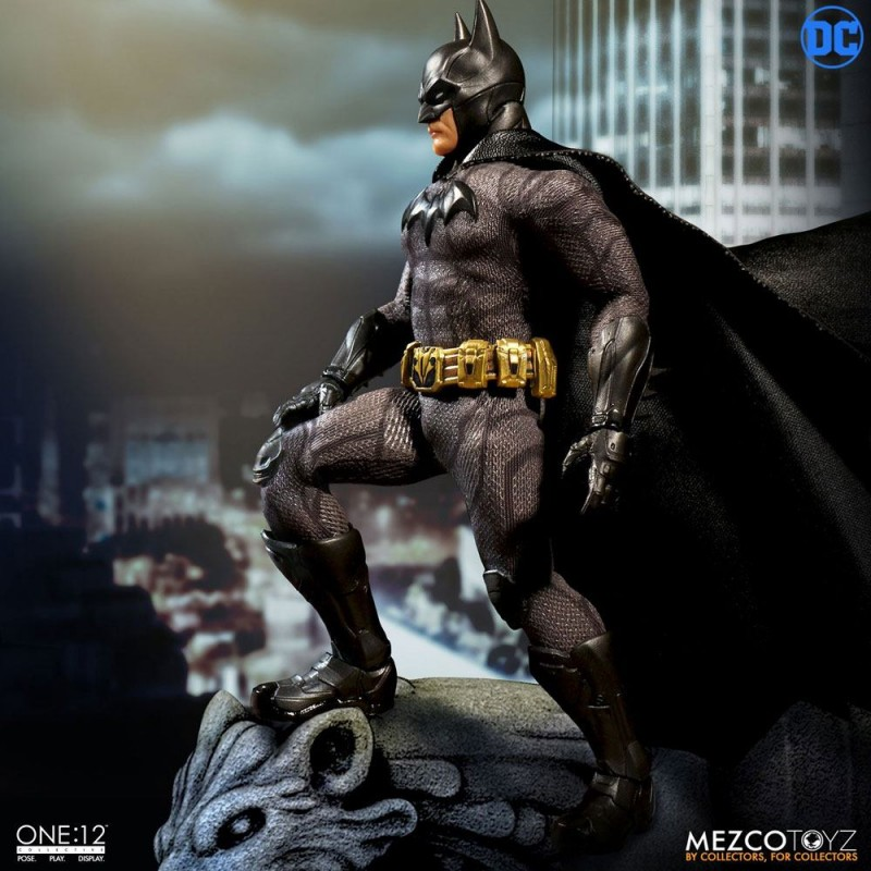 Batman Sovereign Knight - DC Universe - 1/12 Scale Figur