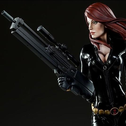 Black Widow - Premium Format Statue