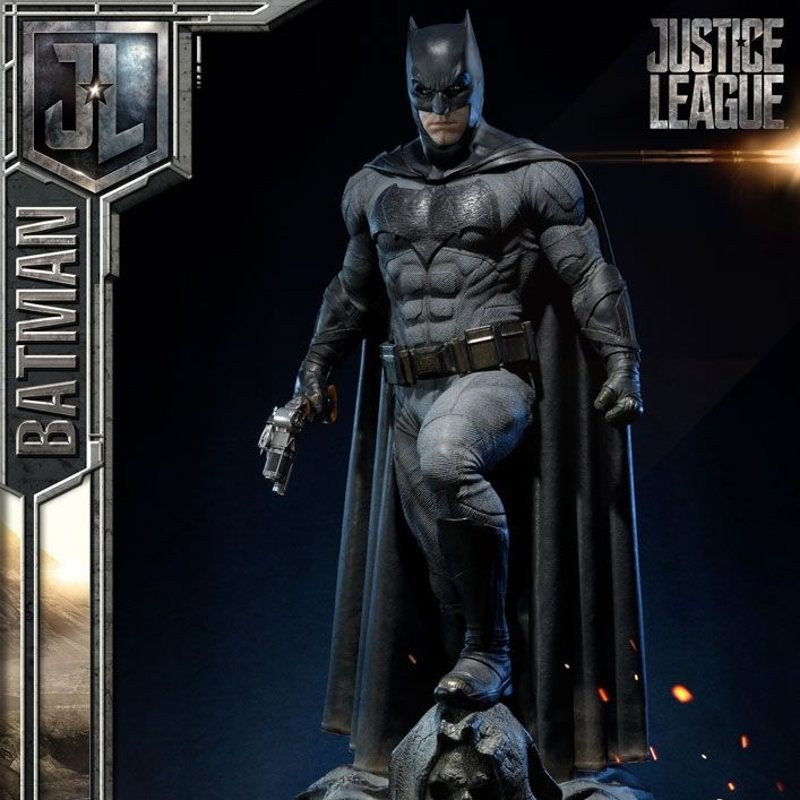 Batman - Justice League - 1/3 Scale Statue