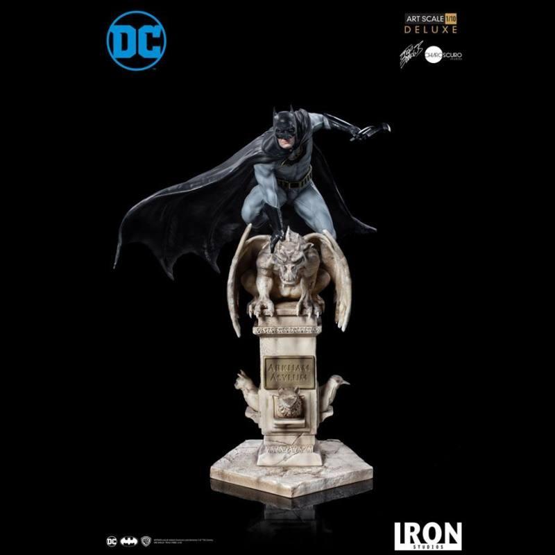 Batman by Eddy Barrows - 1/10 Deluxe Art Scale Statue