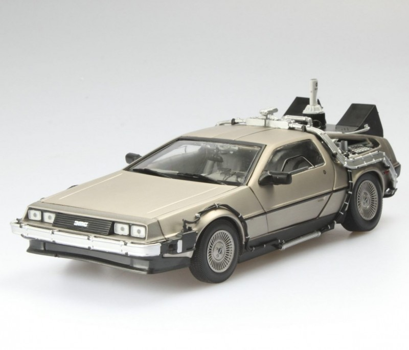 1983 DeLorean - Zurück in die Zukunft II - Diecast Modell 1/18