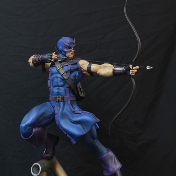 Hawkeye - Marvel Comics - 1/4 Scale Premium Statue