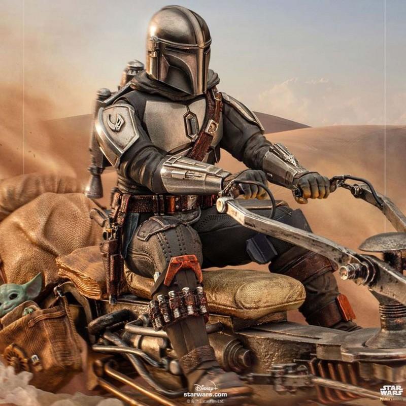 Mandalorian on Speederbike - Star Wars The Mandalorian - Deluxe Art Scale 1/10 Statue