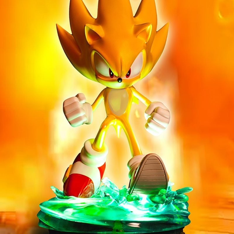 Modern Super Sonic - Sonic - Polystone Statue