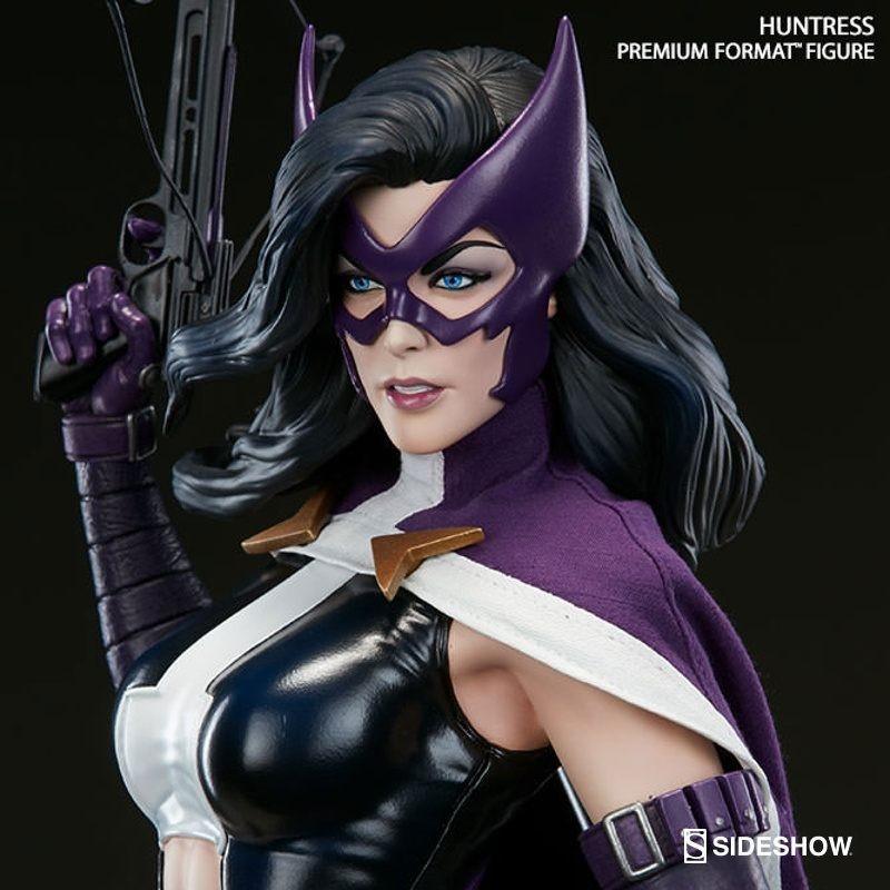 Huntress - DC Comics - Premium Format Statue