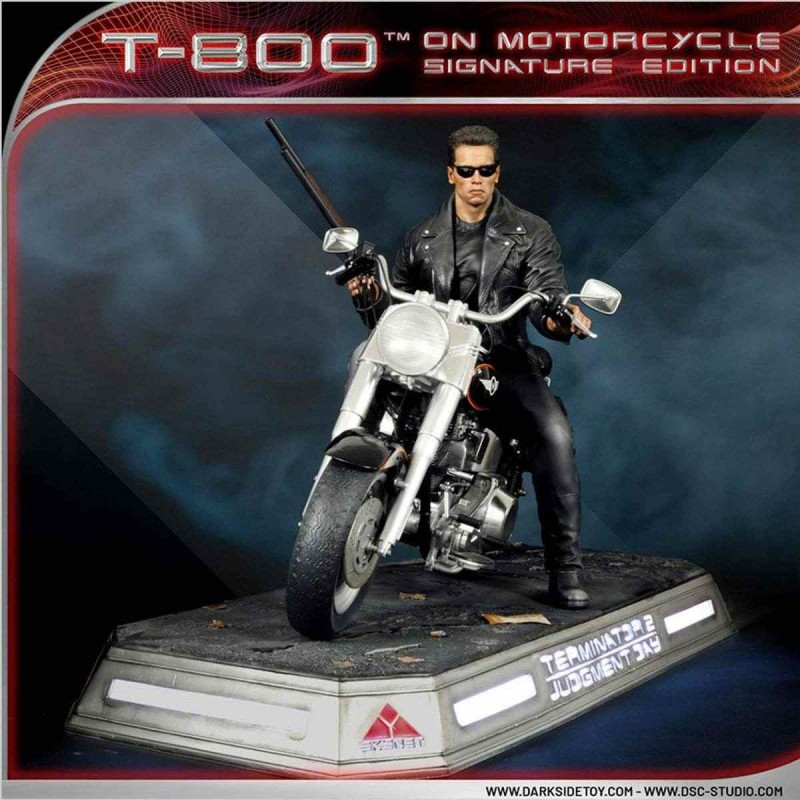 T-800 on Motorcycle Signature Edition - Terminator 2 - 1/4 Scale Statue