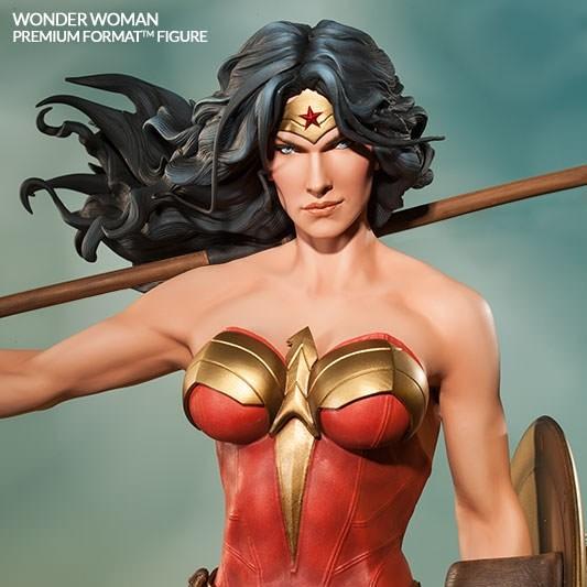 Wonder Woman - Premium Format Statue