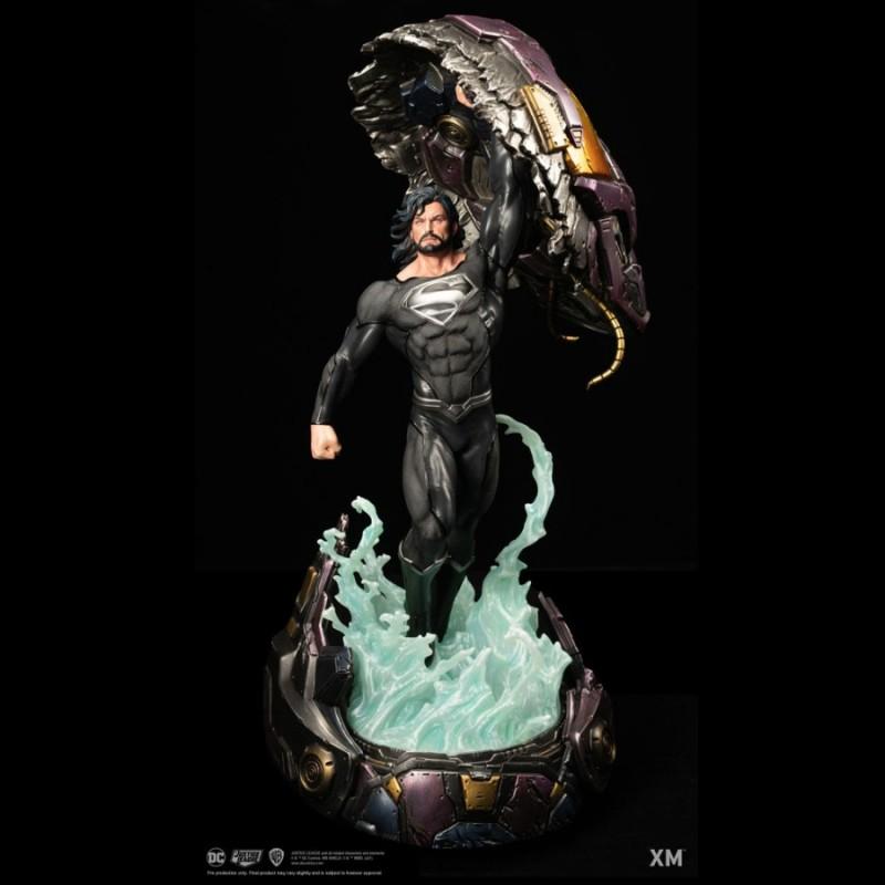 Superman Recovery Suit - DC Comics - 1/6 Scale Premium Statue