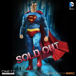 Superman - DC Universe - 1/12 Scale Figur
